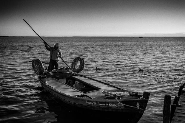 Albufera Boat Man