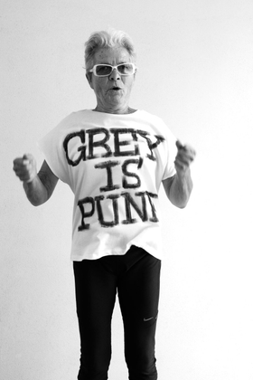 GREY IS PUNK