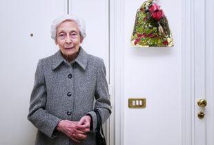Margherita_at the front door