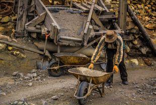 Trabajador de la mina del cerro Rico/ Worker of the Cerro Rico, Potosí.