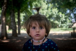 Yazidi girl In Diyarbakir refugee camp (Turkey)