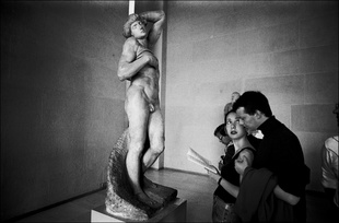 Art In Our Lives: Comparing Michelangelo's The Dying Slave, Louvre, Paris