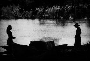 Nous nous retrouverons près de la rivière.