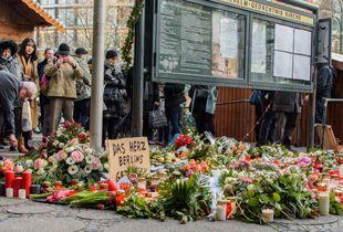 Berlin, Breitscheidplatz, 2. Tag nach dem LKW Anschlag.