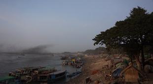 Sur la rive de Mandalay