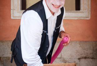 Sicilian Street Performer