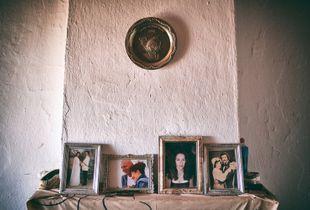 Mantelpiece of memories © Christos Tolis