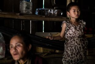 Grandmother and Granddaughter - Ban Pare-Ou, Mae Hong Son Province