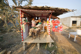 Barbershop Gaurav Kamur, Kannauj, India