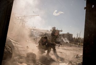 Battle of Donetsk's airport.