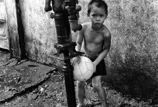 Filippine, Istanti di vita-Palla lavata