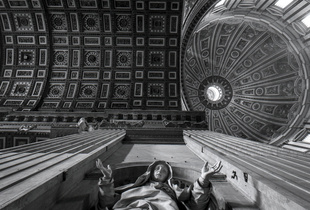 San Pietro. Courtesy of Photolux Festival