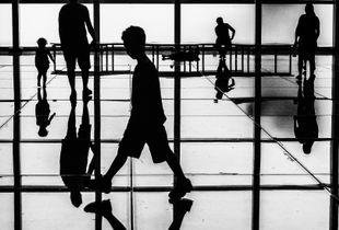Across © Arza Rose Steinmetz