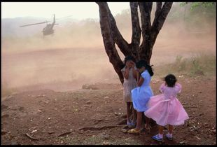 El Salvador, 1984 © James Nachtwey