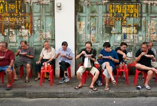 Men having lunch in the street, Chinatown, Bangkok 2017