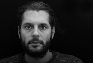 The slow loss of a beard