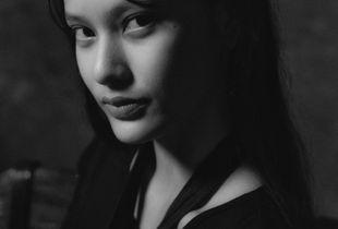 Portrait - Pon