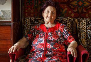 Old Crimean Tatar woman 1.