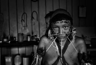 Indigenous health agent training course to Yanomami woman, at the health base of  Xitei. The course works as a connection between Yanomami culture of the spiritual leader, and the western medical care. Xitei Indigenous community, Roraima state, Brazil.