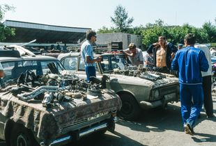 Car parts market in Petropavlovsk, Kazakhstan 1