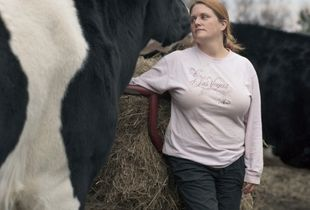 Cheryl and Norman, A Former               Veal Steer                                                         © Selena Salfen