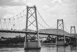 Ponte Samora Machel