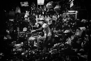 Confined, Hong Kong. © Nick Poon. Chosen for the LensCulture Street Photography Awards Top 100.