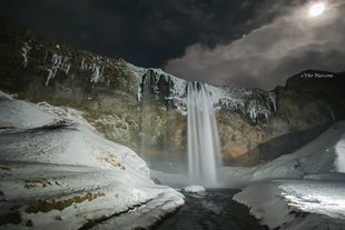 Seljalandsfoss cascade in the night