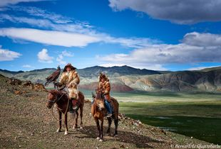 Old and new generations of Eagle Hunter from Bayan-Ölgii, Mongolia