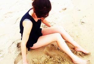 bare beach,salt wind