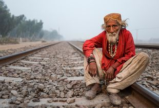 A sufi mystic on the rail tracks in Sahiwal