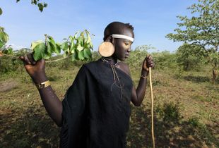 Her name is Hababa. (Mursi tribe)
