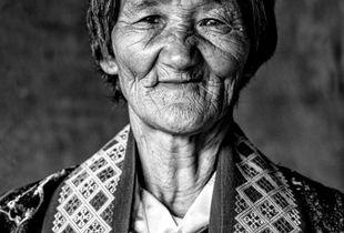 Femme âgée du Bhoutan