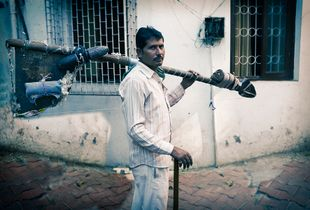 Bed Repairer,Bandra,Bombay.