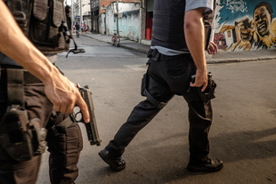 Cidade de Deus, Rio de Janeiro, Brazil. © Dom Smaz. Chosen for the LensCulture Street Photography Awards Top 100.