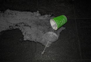 Spilled drinks. © Ross Duncan