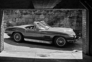 Corvette StingRay 1967. Bellevue, NSW, Australia. From the series YEAR67