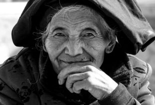 Serenity (Sichuan, China) - Women of Asia through Life