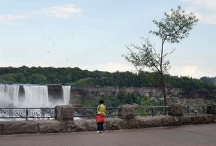 Niagara Falls © Gregory Eddi Jones