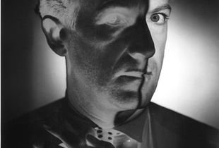 Cecil Beaton, 1946. Gelatin silver print. Vintage print. Private collection, Switzerland © The Estate of Erwin Blumenfeld