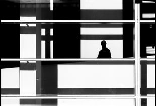 "Mondrian. From the series ""Lonely Verses"" © Sergio García Gavaldà. Finalist, LensCulture Street Photography Awards 2017."