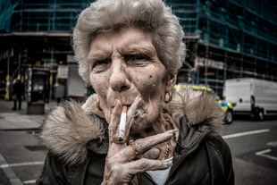 Old Woman, Street Portrait London. © Salvuccio Cappello. Chosen for the LensCulture Street Photography Awards Top 100.