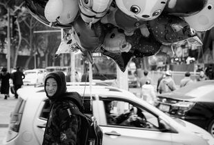 Balloons seller in Chongqing China