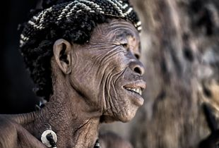 San tribe elder woman