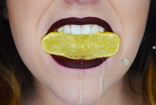How to Eat Lemons