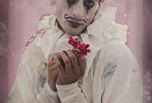 The lovestruck clown