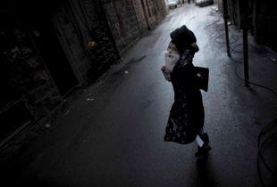 boy running away,Purim Jerusalem 2010