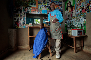 Rwanda Hairdressor