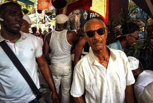 Cuban Performancer old man