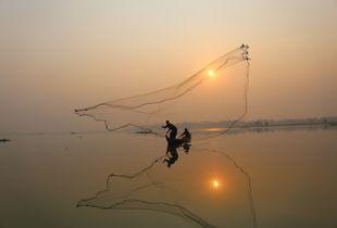I catch the sun, Myanmar